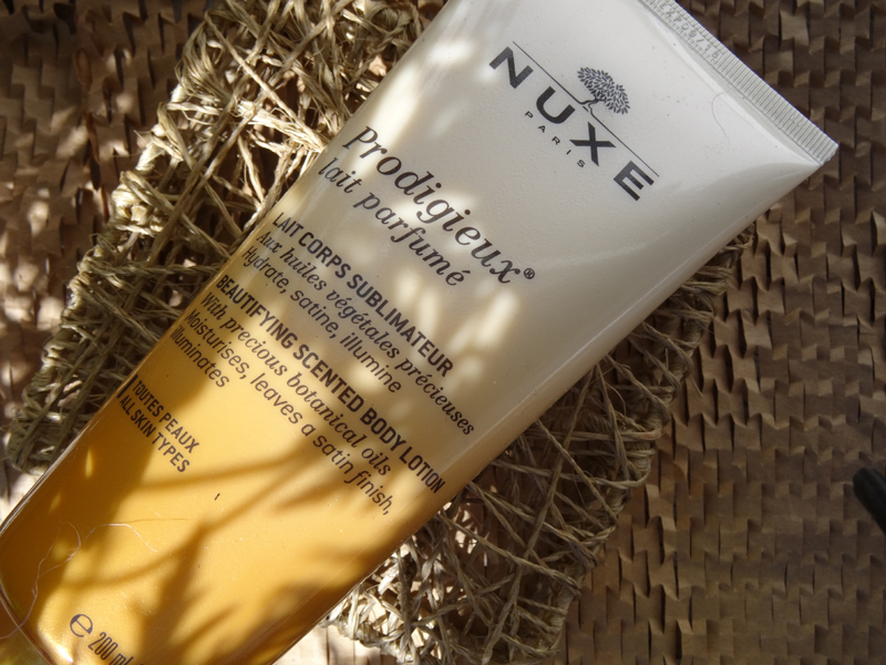 BeautyBlog-nuxe-prodigieuse-beautifying-scented-body-lotion2